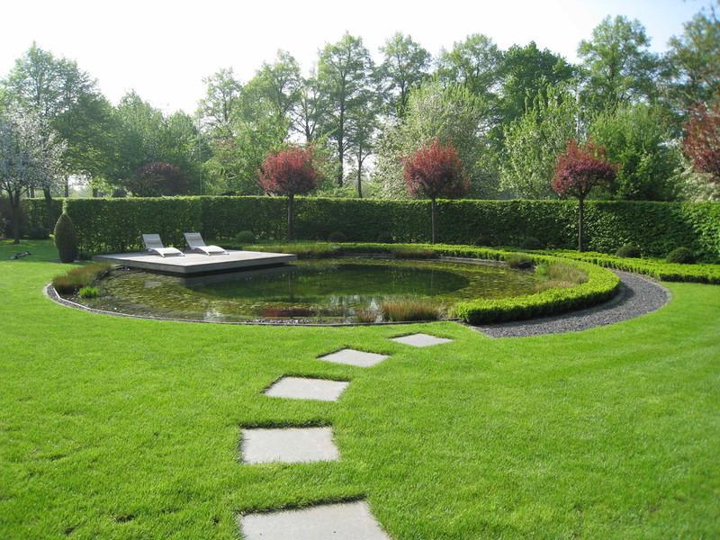 Richter Garten, Gartenarchitektur - Runder Schwimmteich